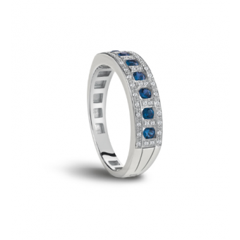 White gold, diamond and sapphires ring
