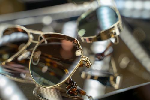 宇宙最强甄子丹眼镜品牌 DonniEYE 登陆澳门巴黎人誉一钟表